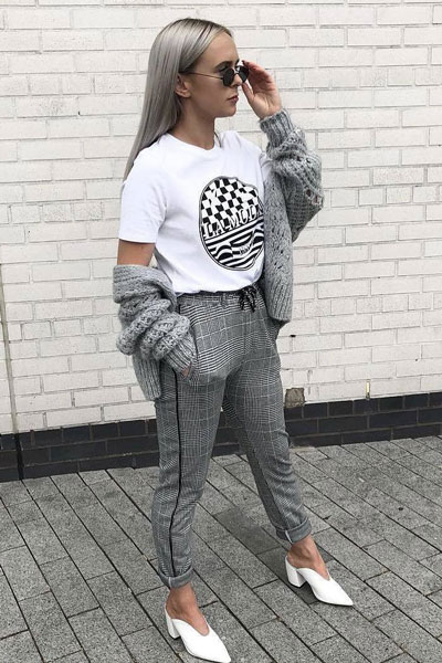 20+ Great Fall Outfits You should Already Own | Printed Tee + Check Trouser in Grey + Grey Knitted Cardigan