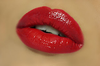 ELF STUDIO LIP STAIN – RED CARPET, Red Lips, Red Lipstick, ELF Cosmetics, ELF Cosmetics in Pakistan, red lips, beauty, beauty review, makeup, makeup review, beauty blog, top beauty blog, lipstick, eye shadow, party makeup, red alice rao, redalicerao, beauty guru