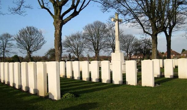 Kisah makam Perang Dunia II