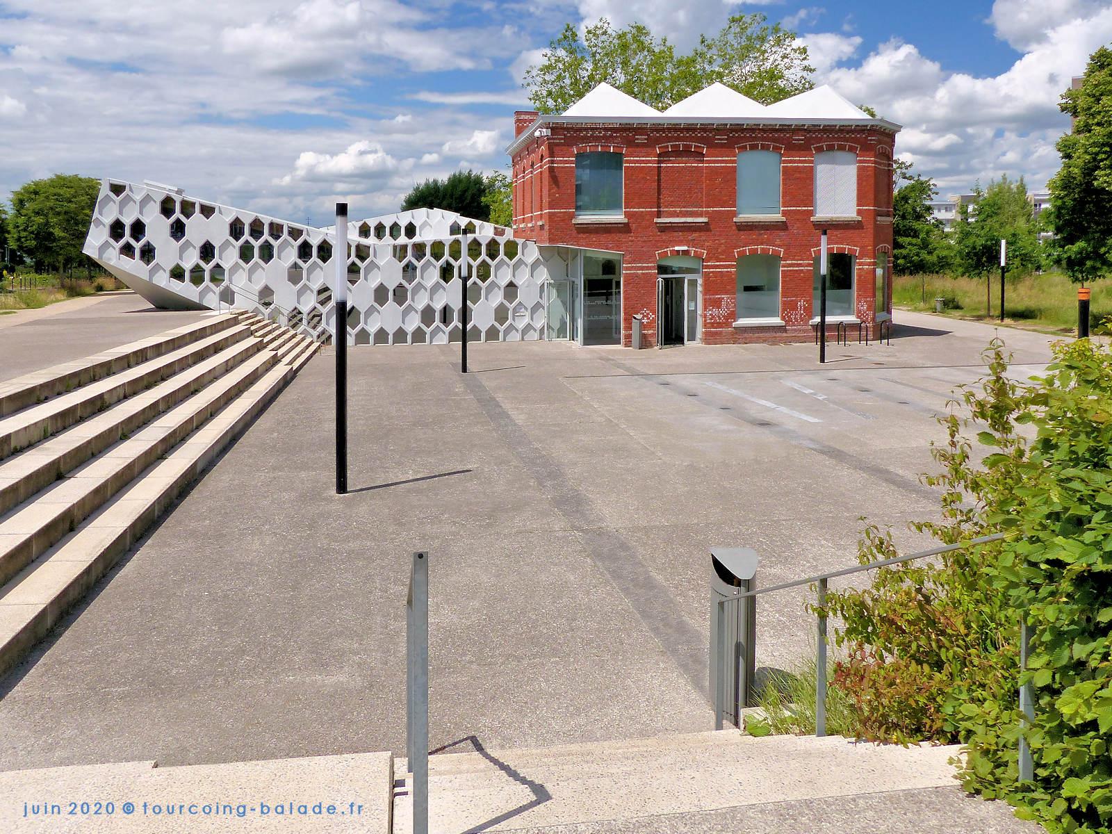 Parvis des Lettres, Médiathèque Chedid, Tourcoing 2020