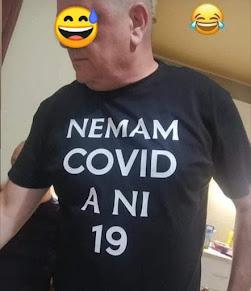 Smešan natpis na majicu