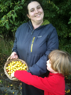 Foraging is great for kids and adults. It's all the fun of the harvest without the sowing.