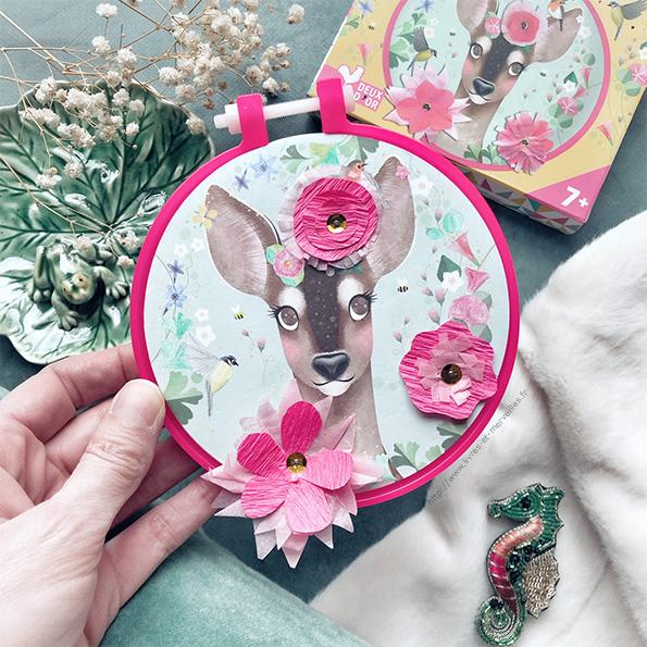 Kit créatif : Fleurs en papier sur tambour - Deux coqs d'or