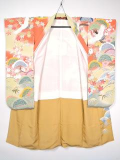 未婚女性の第一礼装として着られる振袖です
