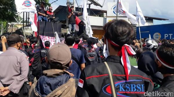 Demonstran Sukabumi Bergerak Tolak Omnibus Law, Polisi: Jangan Anarki