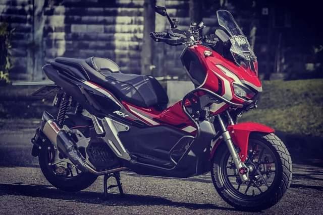 ADV150 Modifikasi Warna Merah