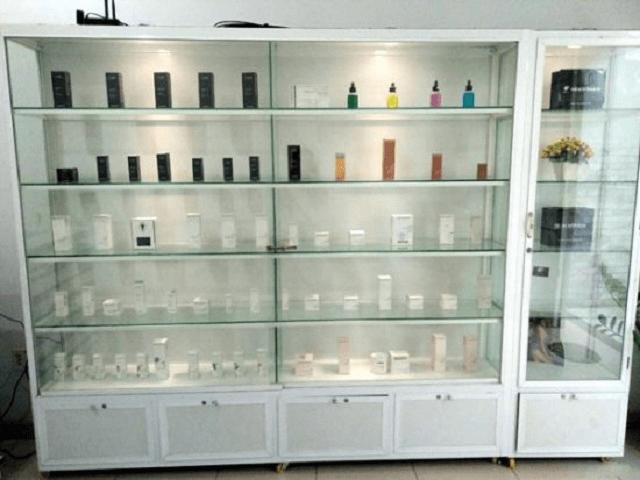 Hướng dẫn cách làm tủ bếp tủ bán hàng tiêu chí lựa chọn tủ chén nhôm kính