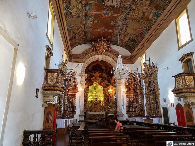 Interior da Igreja de Santa Efigênia - Passeio de jardineira em Ouro Preto