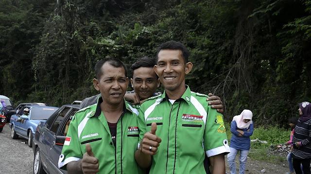 smile portret, travel photography, bener meriah, indocars