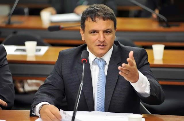 Confirmado! O presidente do Senado, Rodrigo Pacheco  diz que o novo Auxílio Emergencial começará em Março com QUATRO parcelas.