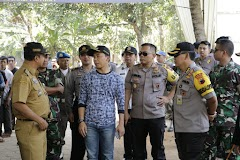Karo Ops Polda Jateng Bersama Forkopimda Tinjau Langsung Pelaksanaan Pilkades Serentak Di Batang