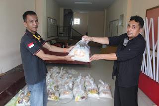 Ormas MPC Pemuda Pancasila (PP) Kabupaten Sukabumi Bagikan Bantuan Sosial (Bansos)