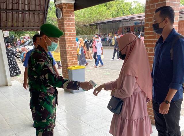 Cegah Penyebaran COvid-19, Personel Jajaran Kodim 0207/Simalungun Laksanakan Gakplin Di Taman Hewan
