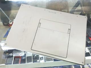 "Laptop MacBook Pro 2008 Core2 Duo 2.4GHz 17"" HDD 160GB RAM 4GB Seken"