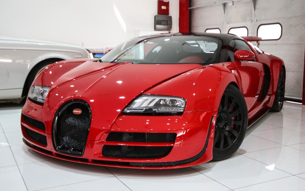wicked red on red bugatti veyron is a french hypercar. Black Bedroom Furniture Sets. Home Design Ideas