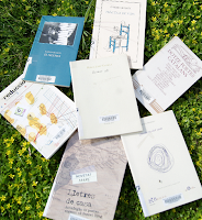 Poesia damunt l'herba del Roserar (Parc de Cervantes - Barcelona) per Teresa Grau Ros