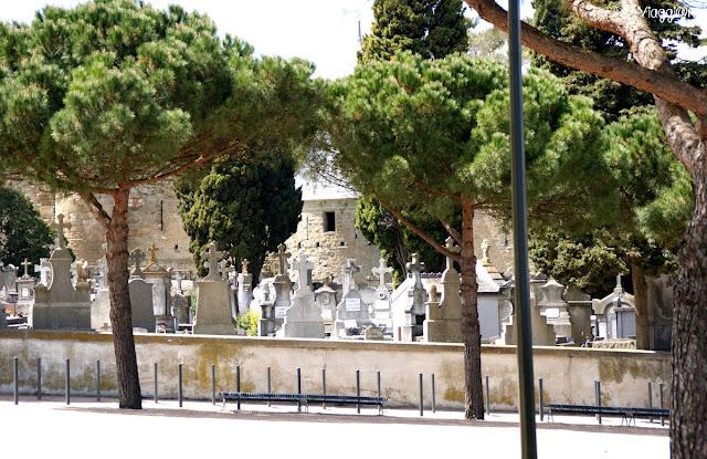 Il cimitero fuori le mura della cittadella