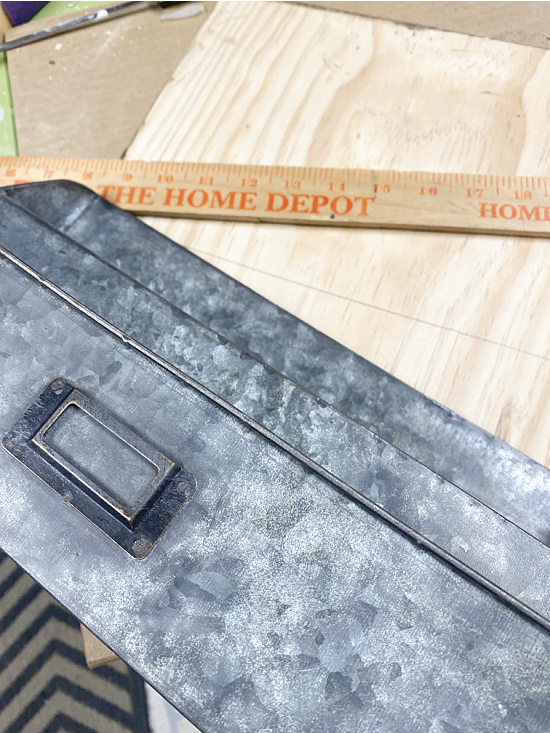 bin ruler and board to cut