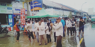 Belawan Terendam Banjir Rob, Warga Demo Tagih Janji Wali Kota Medan Bobby Nasution