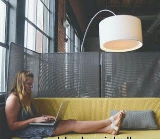 Pelajari 5 ide bisnis kreatif sebagai usaha sampingan untuk anak muda masa kini