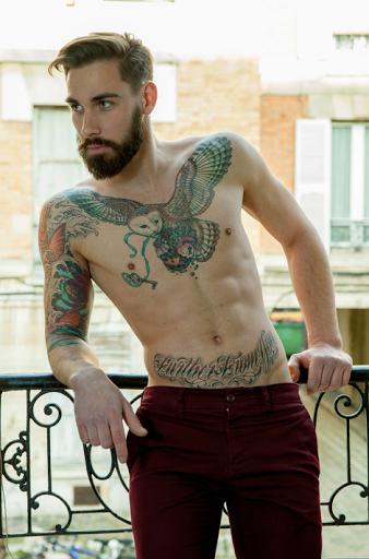 Corujas tatuagem ideia para os homens no peito - Melhor projeto e Ideia