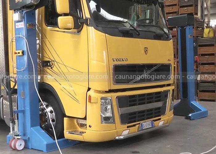 trụ nâng xe tải di động