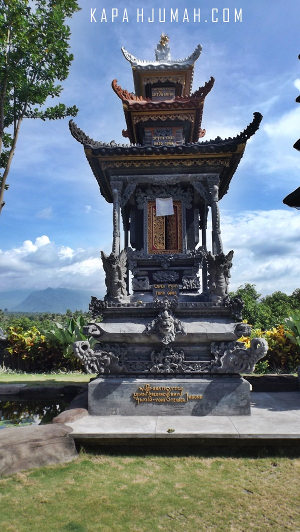 Pura Dang Kahyangan Adhi Luhur Desa Bungkulan