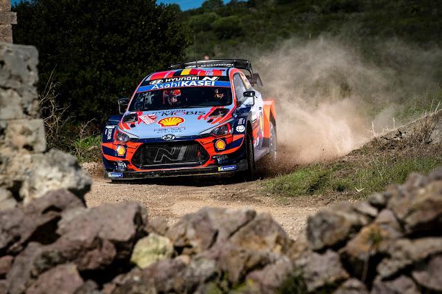 Thierry Neuville Hyundai World Rally Car
