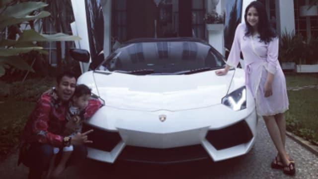 Gila! Uang Puluhan Juta Dihabiskan Hanya Untuk Merawat Mobilnya Raffi Ahmad