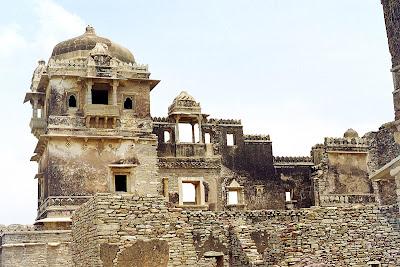 Chittorgarh Fort – A Bygone Sensation of Rajasthan, rana kumbha palace