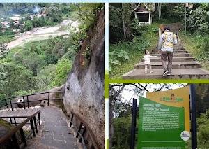 Keindahan Ngarai Sianok dari Puncak Jenjang Saribu Bukittinggi - Sumatera Barat