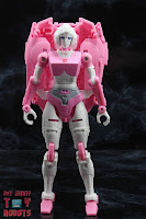 Transformers Kingdom Arcee 03