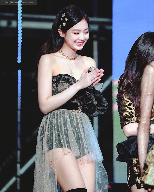 5 Styles of Hair Clips for Jennie BLACKPINK that are now