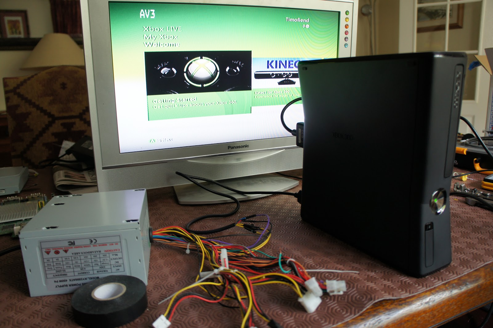Creation of the Xbox 360 and PS3 in a PC case mod: Xbox