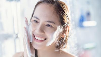 Tips perawatan kulit: Apa Yang Perlu Kamu Perhatikan Sebelum Membeli Scrub