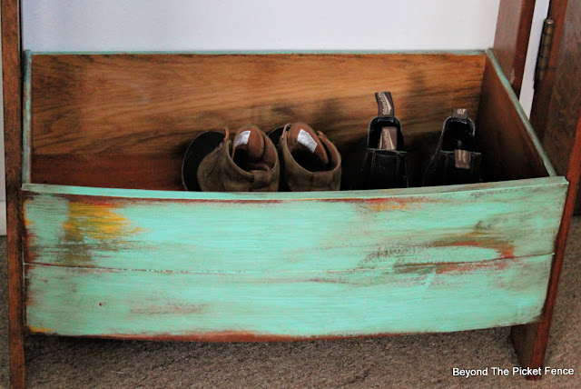 Upcycled Drawer Work Station