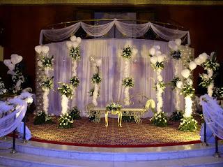 كوشة زفاف جميلة وجذابة