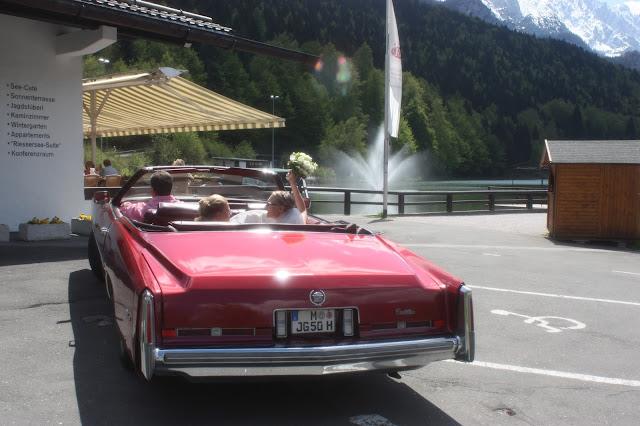 Cadillac Oldtimer zur Hochzeit im Riessersee Hotel Garmisch-Partenkirchen Bayern