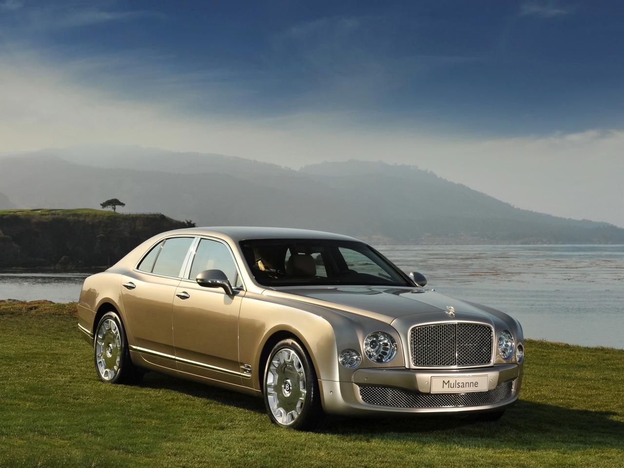 AUTO ZONE: Bentley Mulsanne 2010