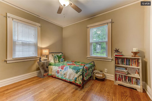 back bedroom in 654 Oakland Ave, Webster Groves, Missouri • Plan B of the Sears Stanford model