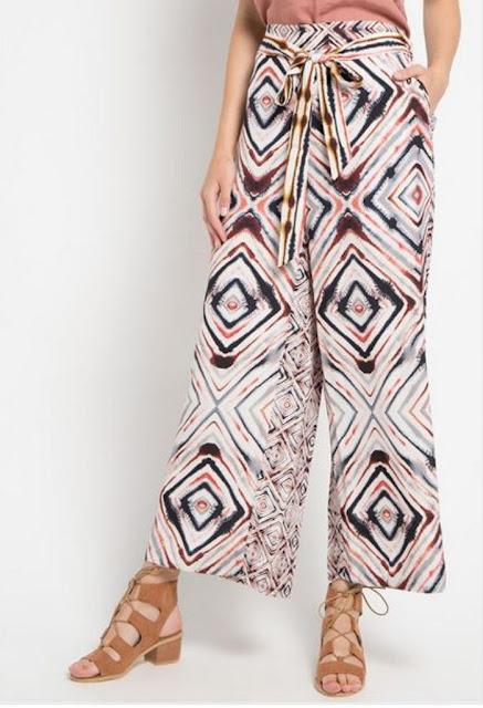 Abstract Motif Culottes Pants