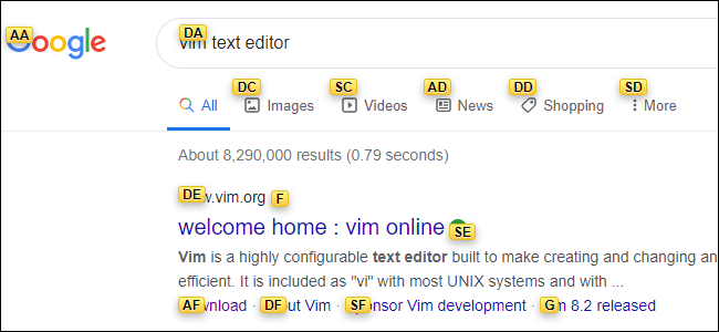 صفحة نتائج Google مع كل رابط متراكب مع تسمية صفراء يحتوي كل منها على حرفين.