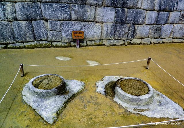 Espelhos d'água para observação astronômica em Machu Picchu