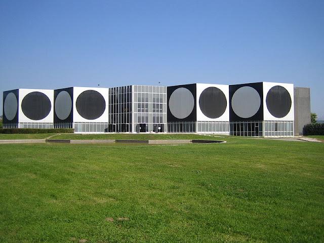 Fundação Vasarely em Aix