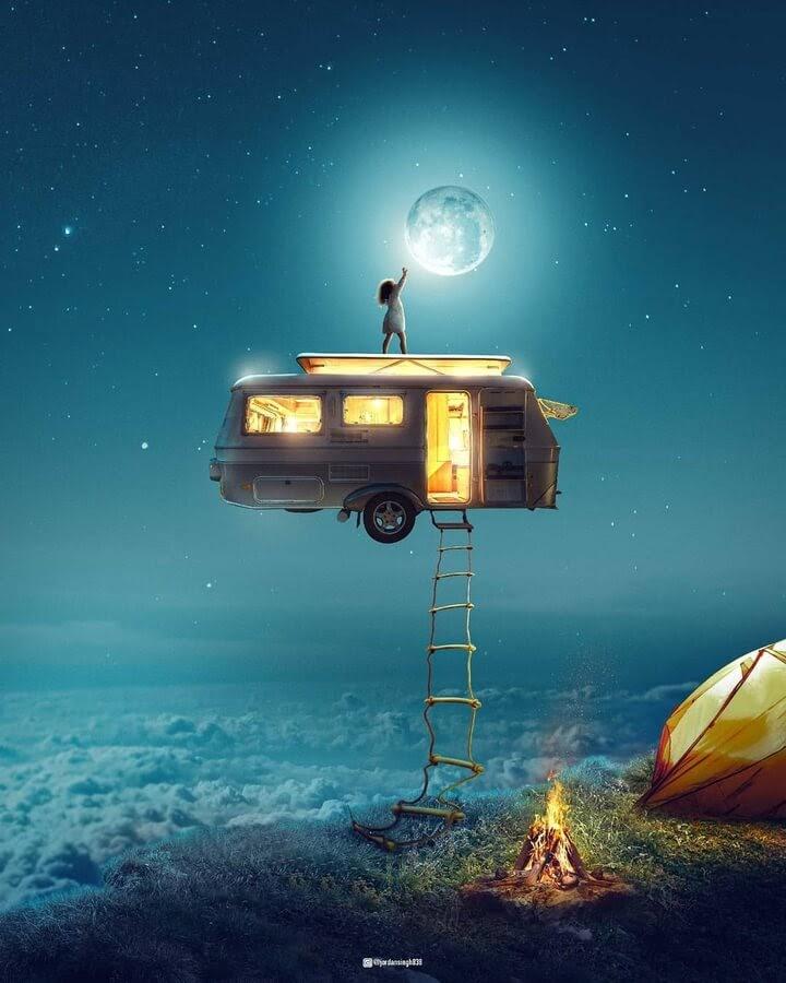 02-Moon-light-Jordan-Singh-www-designstack-co