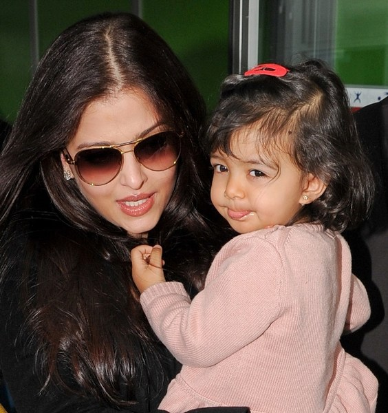 Best Image Aishwarya Rai Daughter