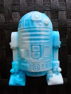 Creative R2-D2 Inspired Designs and Products (15) 12