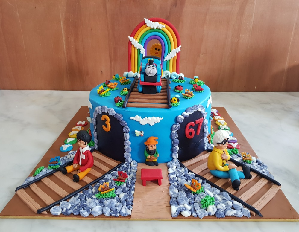 Yochanas Cake Delight TRAIN FONDANT CAKE