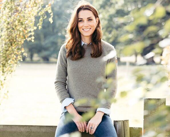 Kate Middleton celebrates her 38th birthday. Prince George and Princess Charlotte go to school. Duchess's parents Carole and Michael Middleton