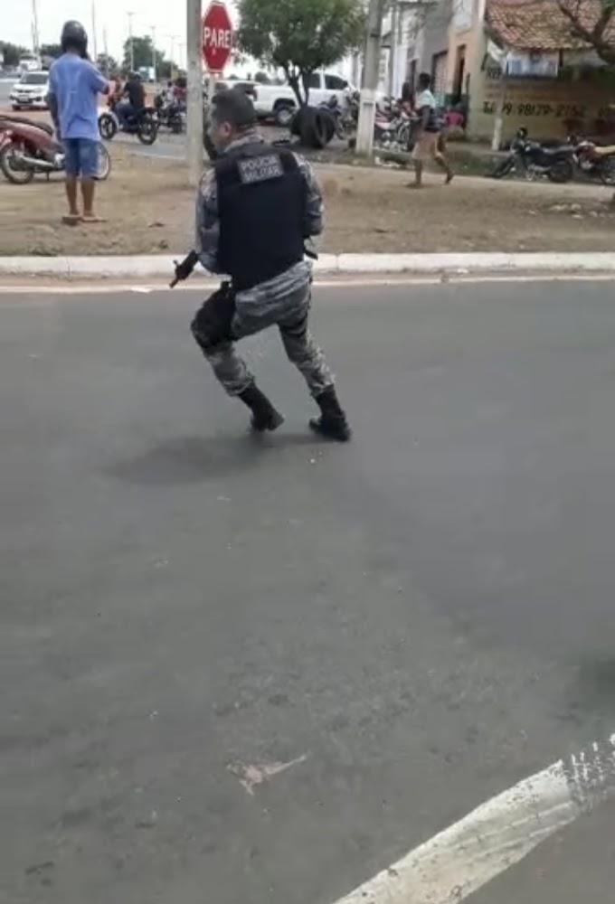 """""""TENSÃO"""" - Perseguição e tiroteio em Caxias no retorno da Volta Redonda"""
